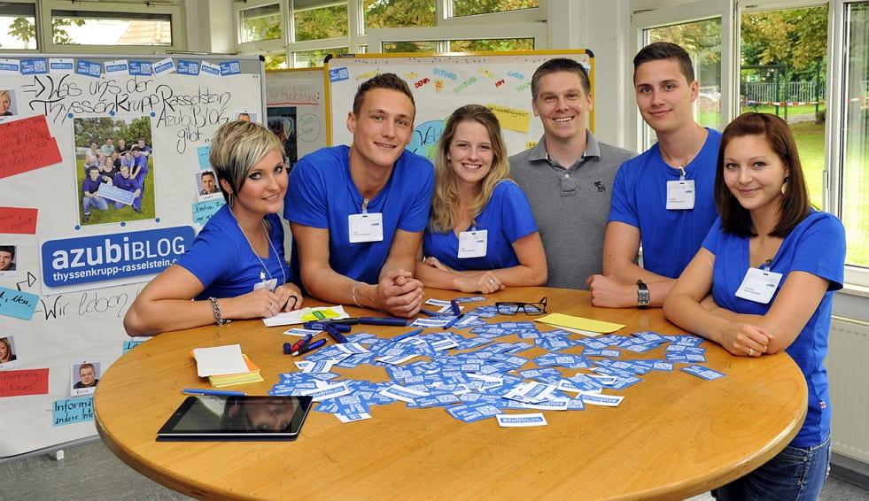Ein Teil des Rasselstein Azubiblog-Teams beim Launch am Tag der Ausbildung
